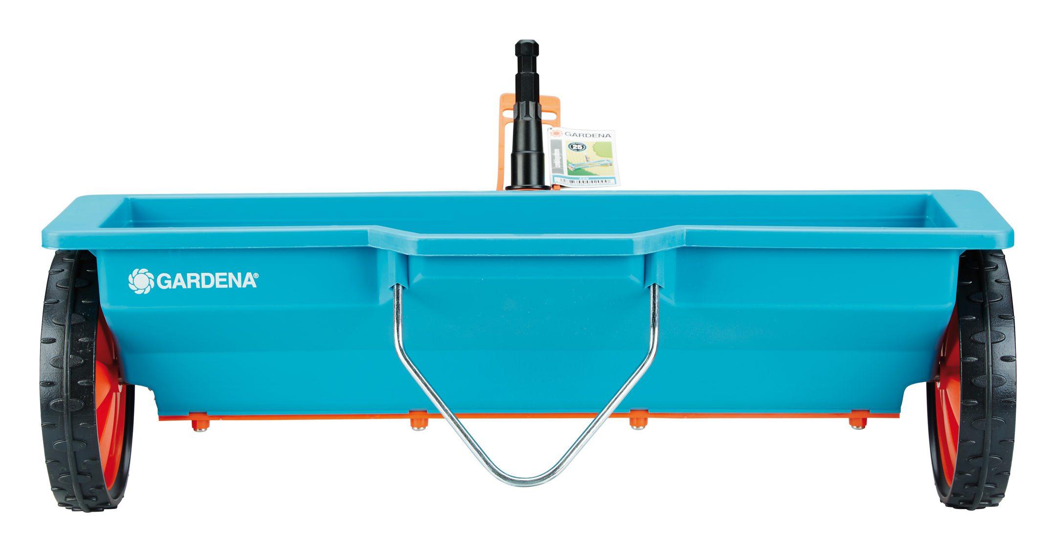 Ideales Gartenzubehör zum Lockern verkrusteter GARDENA combisystem-Kultivator