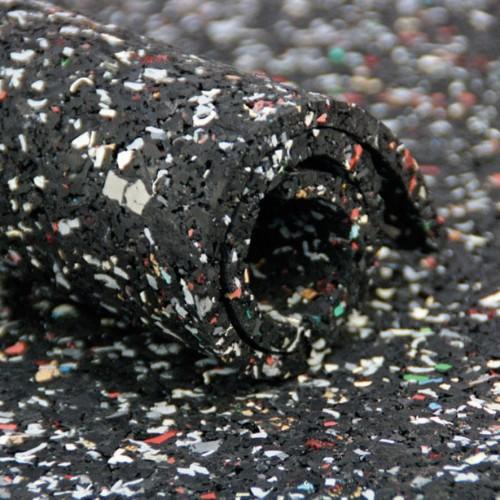 Werkstatt 2019 Milieufoto Gummi-Granulat-Zuschnitt-stark